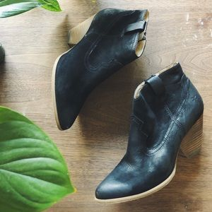 FRYE • Renee Seam Ankle Boots